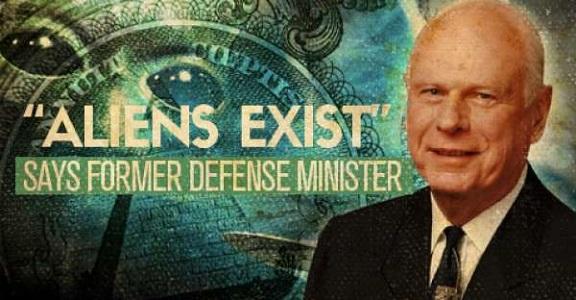 Экс-министр обороны Канады: На правительство США работают инопланетяне