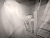 Рассказ о жизни в доме с привидениями на основе реальных событий