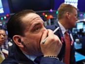 Американские фондовые индексы рухнули - как это произошло