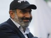Оппозиционер Пашинян возглавил правительство Армении. Пророссийский режим пал