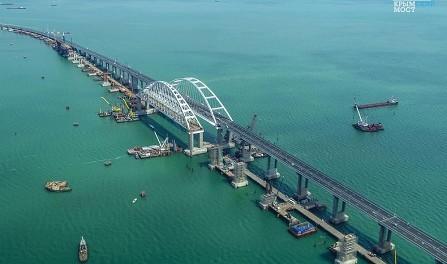 Украина намерена засудить Россию из-за размеров Керченского моста