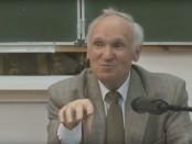 Российский ученый назвал простой способ объяснить существование Бога (виде аналитика)