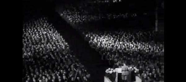 Речь Гитлера на съезде НСДАП 1934 года перевели на русский язык