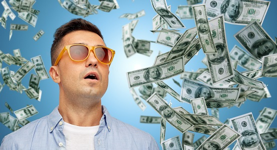 Методы быстрого заработка в интернете - где играть в лотерею, слоты и покер