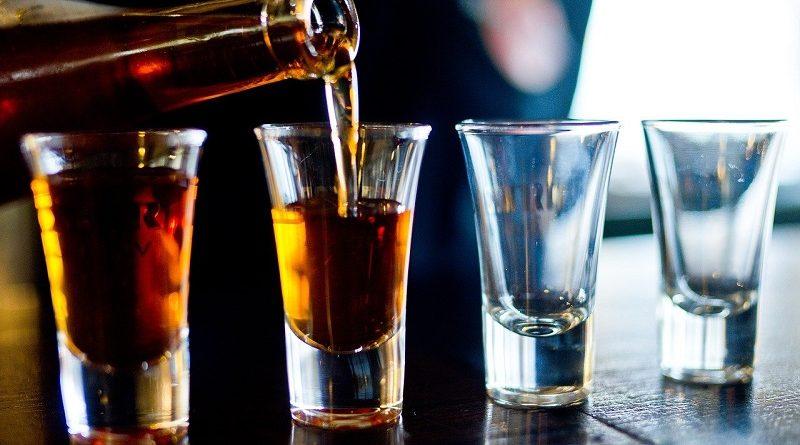 Как регулярное употребление алкоголя сказывается на организме человека