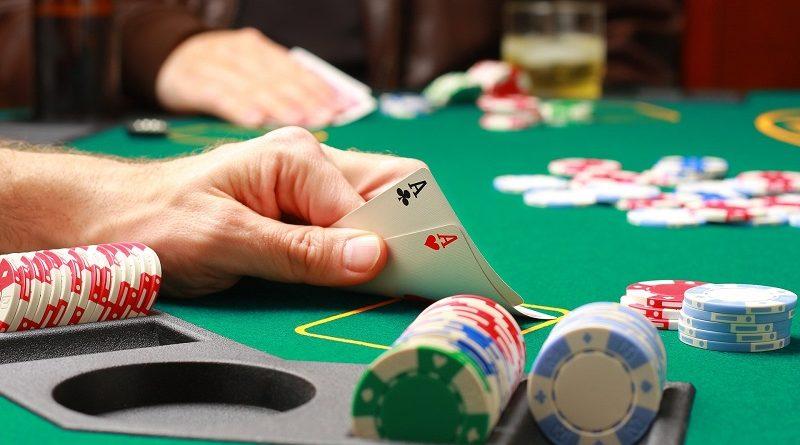 Как освоить покер и начать зарабатывать на виртуальных площадках