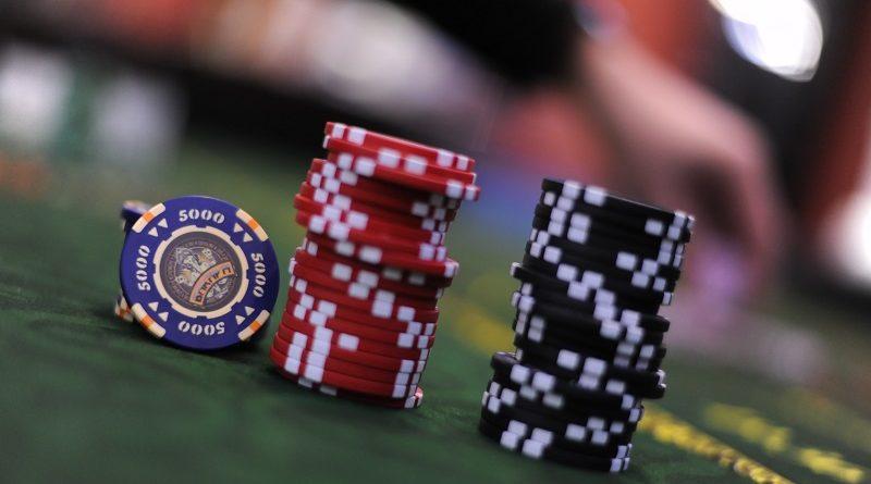 Как пользователям из Украины зарабатывать в Рокс казино