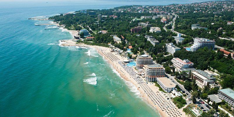 Как жителям Украины заказать раннее бронирование тура в Болгарию