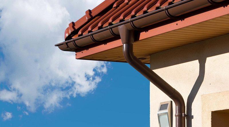 Где купить в Киеве водосточную систему для крыши и как выполнить установку