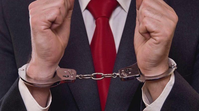 Детективная головоломка о хищении. Из трёх подозреваемых надо вычислить преступника